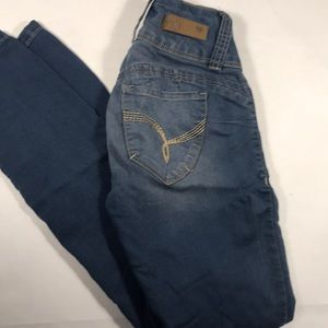 Cute Butt lifting jeans stretch size 1